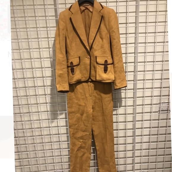 20e5503701 MaxMara Other | Stunning Max Mara Caramel Linen Suit | Poshmark